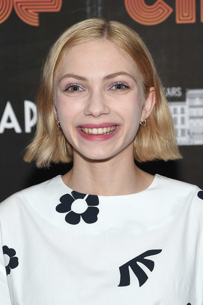 Tavi Gevinson Short Straight Cut