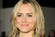 Taylor Schilling Medium Layered Cut