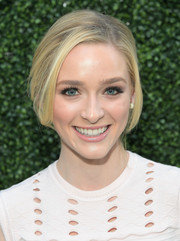 Greer Grammer sported a romantic loose updo at the Ted Baker London Spring 2017 launch.