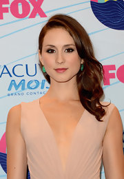 Troian Bellisario wore her hair in a gorgeous side sweep at the 2012 Teen Choice Awards.