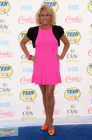 Mary Murphy totally brightened up the Teen Choice Awards blue carpet with this hot-pink mini dress.