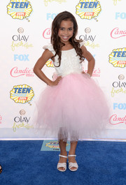 Asia Monet Ray looked like a little princess in her white and pink tulle-skirt dress at the Teen Choice Awards.