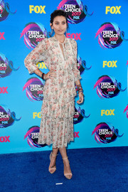 Paris Jackson went the demure route in a tiered floral midi dress by Zimmermann at the 2017 Teen Choice Awards.