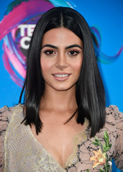 Emeraude Toubia showed off a glossy straight 'do at the 2017 Teen Choice Awards.