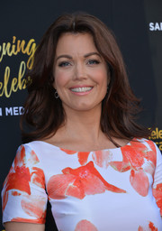 Bellamy Young attended the Television Academy's 70th anniversary gala wearing her hair in a classic feathered flip.