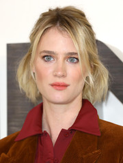 Mackenzie Davis looked cute wearing this short, half-up hairstyle at the 'Terminator: Dark Fate' photocall in London.