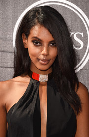 Grace Mahary opted for a no-frills side-parted style when she attended the ESPYs.