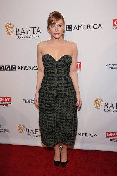 Bryce Dallas Howard chose a chic strapless frock by Victoria Beckham for her BAFTA tea party look.