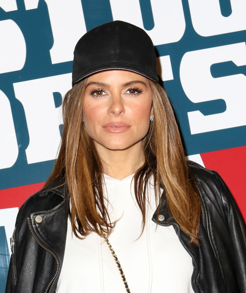 More Pics of Maria Menounos Leather Jacket (1 of 5) - Outerwear Lookbook - StyleBistro [hair,clothing,hairstyle,hat,lip,beanie,headgear,blond,long hair,cool,maria menounos,barstool party,houston,texas,the barstool party]