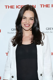 Tammy Blanchard's long layers look so natural and chic!