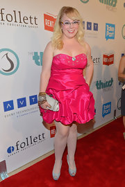 Kristen Vangsness looked like a prom princess in this bedazzled hot pink mini dress.