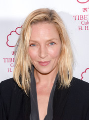 Uma Thurman attended the Tibet House benefit auction wearing her hair in an unstyled lob.