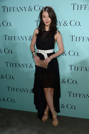 Kurara Chibana looked completely elegant in this black fishtail dress with a wide white belt.