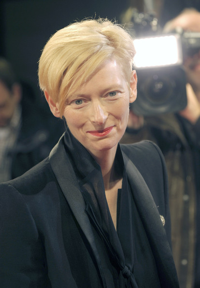 Tilda Swinton Boy Cut [hair,face,hairstyle,blond,eyebrow,chin,forehead,lip,suit,white-collar worker,tilda swinton honored with douglas sirk award,tilda swinton,douglas sirk award,hamburg,germany,cinemaxx dammtor,hamburg film festival,ceremony]
