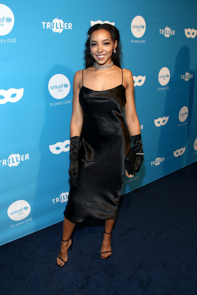 Tinashe Strappy Sandals [clothing,dress,shoulder,hairstyle,fashion,cocktail dress,little black dress,joint,premiere,smile,arrivals,tinashe,west hollywood,california,kimpton la peer hotel,unicef,masquerade ball]