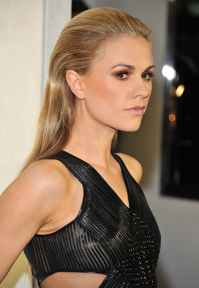 More Pics of Anna Paquin Long Straight Cut (3 of 19) - Anna Paquin Lookbook - StyleBistro