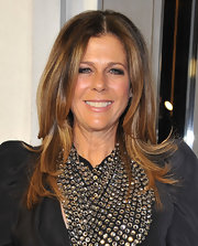Long layers give Rita Wilson a young and playful look while attending the Project Angel Food event in Beverly Hills.