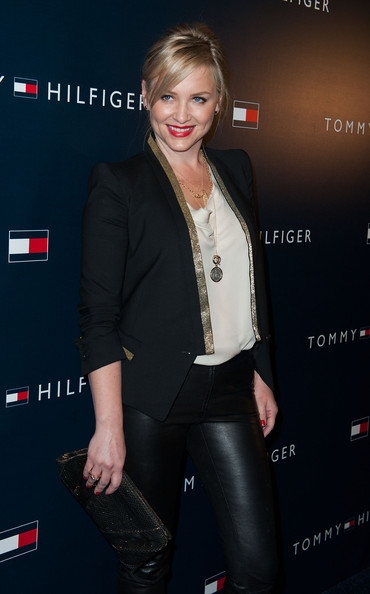 More Pics of Jessica Capshaw Blazer (1 of 5) - Jessica Capshaw Lookbook - StyleBistro