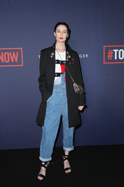 Erin O'Connor added a fall-chic touch with a black wool coat.