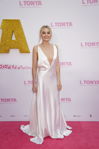 Look of the Day: January 24th, Margot Robbie