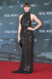 Dang! Check out this jaw-dropping beaded number Jessica wore to the 'Total Recall' premiere in Berlin.