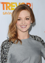Jayma Mays wore her coppery locks in a sexy, side-swept 'do at The Trevor Project's 2011 Trevor Live!.