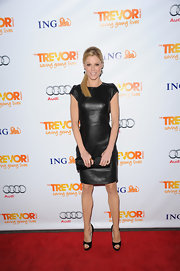 Julie Bowen was back in black at the Trevor Project bash in LA. The TV funny gal paired her black leather dress with black peep-toe pumps.
