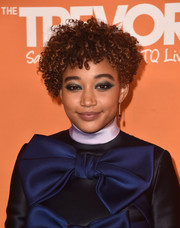 Amandla Stenberg went for a super-edgy beauty look with a heavy application of blue eyeshadow.