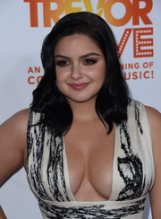 Ariel Winter framed her pretty face with this shoulder-length curly 'do for the 2016 TrevorLIVE LA.