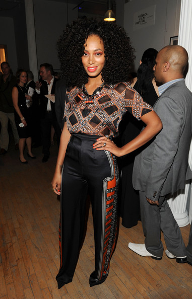 More Pics of Solange Knowles Bright Eyeshadow (1 of 5) - Bright Eyeshadow Lookbook - StyleBistro