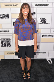 Rashida Jones chose a shift dress with a floral bodice and a flared black hem for the Turner Upfront 2015.