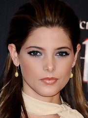 Ashley Greene paired her light smoky eye with a shimmering nude lip.