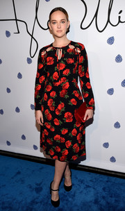 Jess Weixler paired her frock with equally demure black Mary Janes.