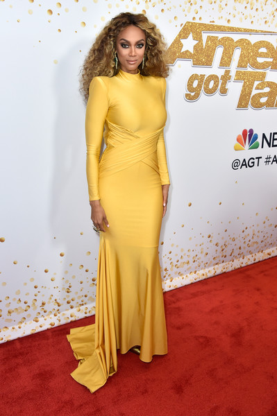 Tyra Banks Fishtail Dress [americas got talent,live show,season,yellow,flooring,fashion model,gown,carpet,dress,shoulder,cocktail dress,red carpet,long hair,red carpet,tyra banks,california,hollywood,dolby theatre]