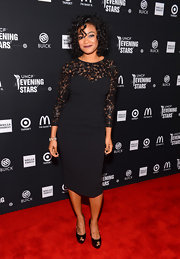 Tatyana looked classic in her spiral curls and black dress on the Evening with the Stars red carpet.