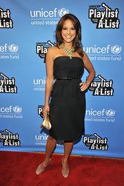 Eva la Rue went for minimalist elegance with this strapless LBD at the Playlist with the A-List karaoke benefit.