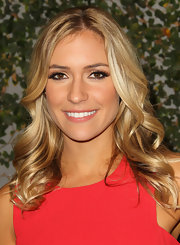 Kristin Cavallari was all about enhancing her brilliant brown eyes at Ubisoft's Just Dance 3 launch party. The lengthy false lashes and volumizing mascara were the perfect addition to her shimmering copper shadow.