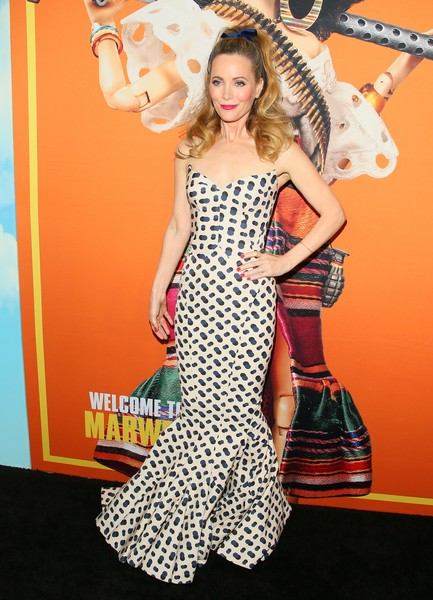 Leslie Mann looked perfectly glam in a strapless mermaid gown by Zac Posen at the premiere of 'Welcome to Marwen.'