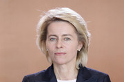 Ursula Von Der Leyen Short Side Part
