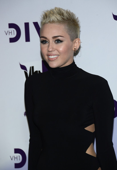 More Pics of Miley Cyrus Fauxhawk (3 of 29) - Miley Cyrus Lookbook - StyleBistro