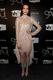 Florence Welch looked serious in a beaded chiffon gown with a fishtail hem for the VH1 Divas celebration.