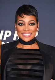 Monica attended the VH1 Hip Hop Honors wearing a super-cute pixie.
