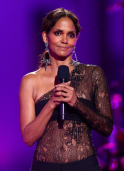 Halle Berry was edgy-sexy in a sheer, one-sleeve lace top during VH1's Dear Mama event.