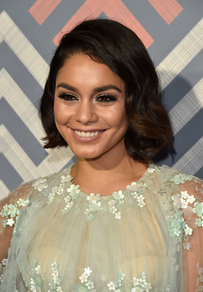Vanessa Hudgens Curled Out Bob