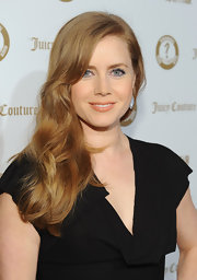 Amy Adams wore her hair in long flowing waves at the 'Vanity Fair' and Juicy Couture Vanities 20th Anniversary Party.