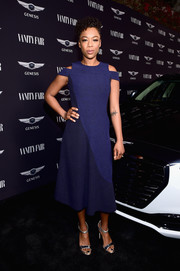 Samira Wiley styled her dress with a pair of strappy silver sandals.