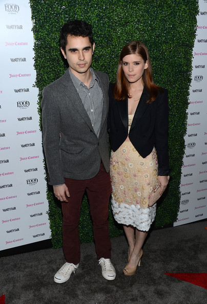 More Pics of Kate Mara Knee Length Skirt (1 of 10) - Knee Length Skirt Lookbook - StyleBistro