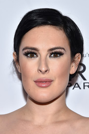 Rumer Willis sported a short side-parted 'do while attending a DJ night.