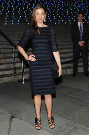 Drena De Niro showed her stripes in his lovely lace cocktail dress.