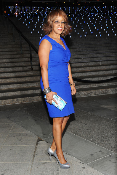 More Pics of Gayle King Hard Case Clutch (1 of 2) - Gayle King Lookbook - StyleBistro